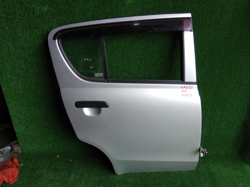Дверь Suzuki Alto HA25S K6A задняя правая
