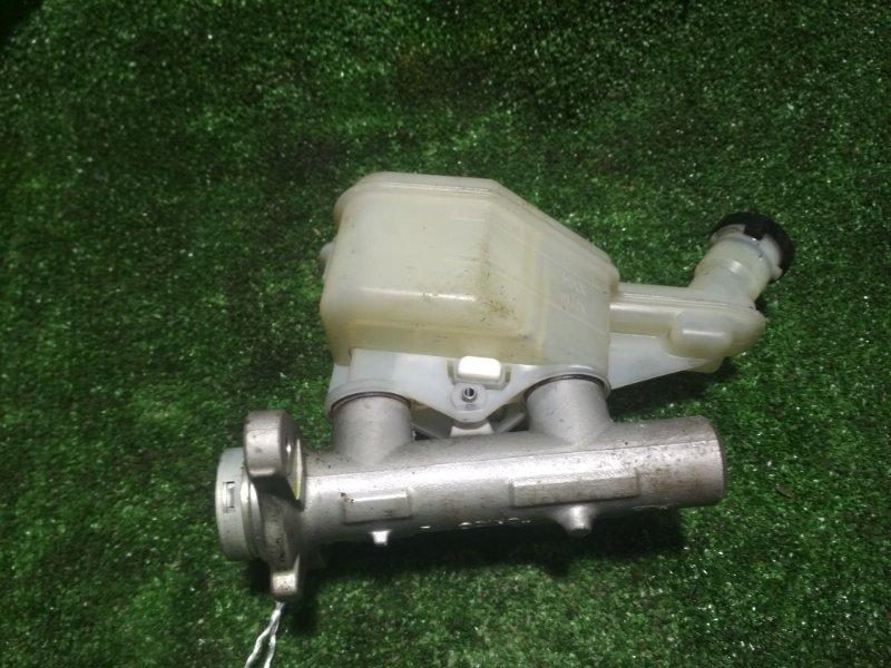 Главный тормозной цилиндр Nissan Ad VY12 HR15DE