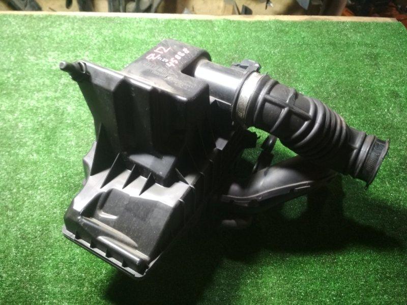 Корпус воздушного фильтра Nissan Cube Z12 HR15DE