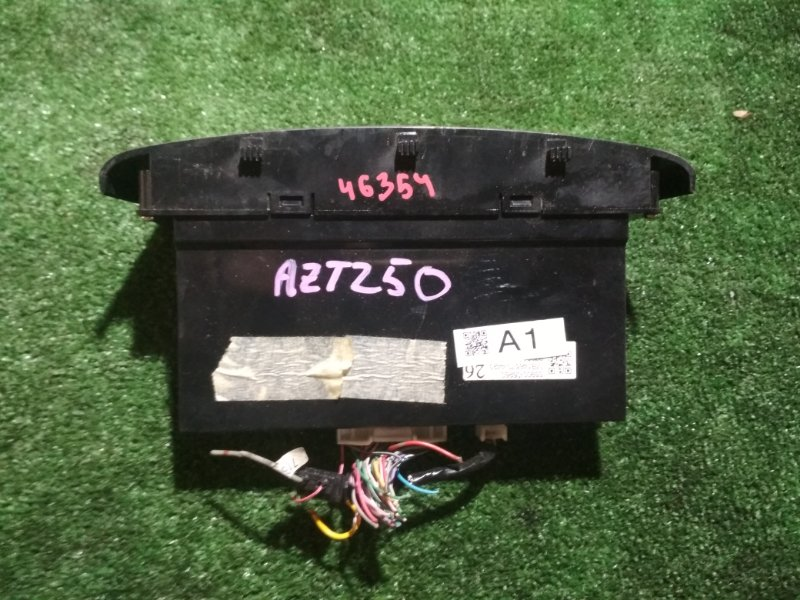 Климат-контроль Toyota Avensis AZT250 1AZ-FSE