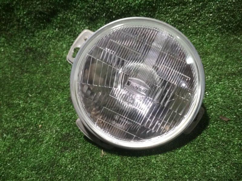 Лампа-фара Nissan Safary Y60 передняя
