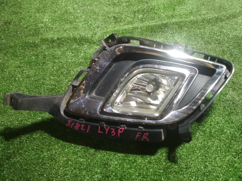 Туманка Mazda Mpv LY3P L3-VE передняя правая