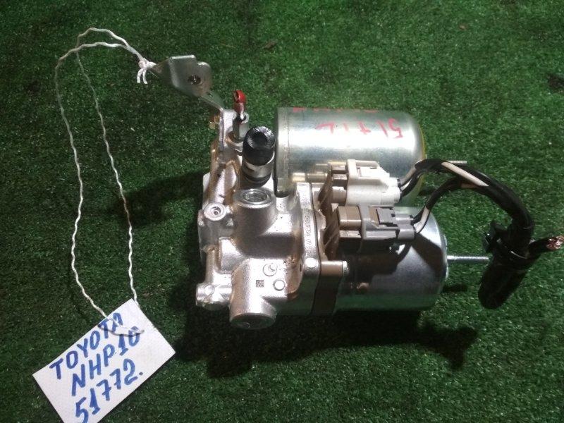 Главный тормозной цилиндр Toyota Aqua NHP10 1NZ-FXE