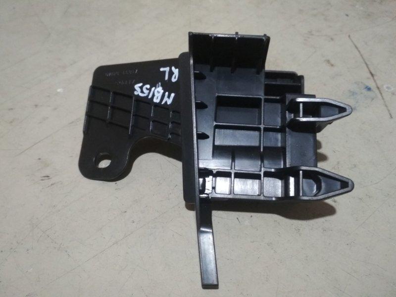 Крепление бампера Mitsubishi Delica D2 MB15S K12B заднее левое