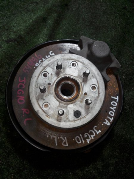 Ступица Toyota Progres JCG10 1JZ-FSE задняя левая