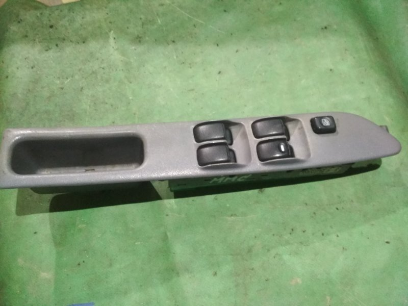 Блок управления стеклами Mitsubishi Dingo CQ1A 4G13 передний правый