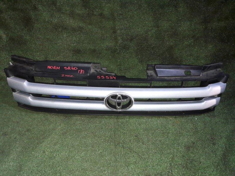 Решетка радиатора Toyota Noah SR40 3S-FE