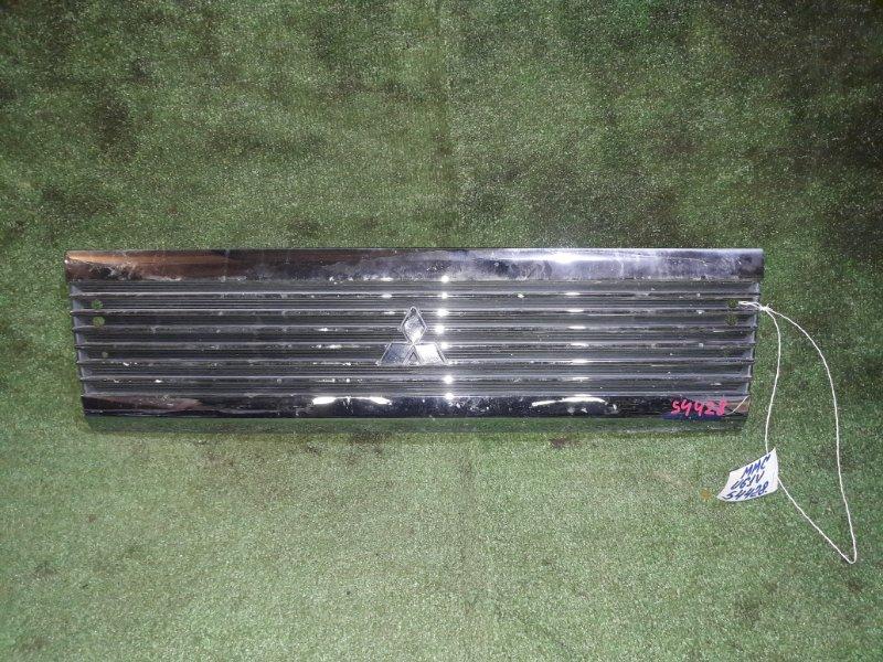 Решетка радиатора Mitsubishi Minicab U61V 3G83