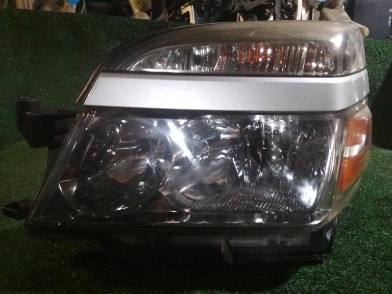 Фара Toyota Voxy AZR60 1AZ-FSE передняя левая