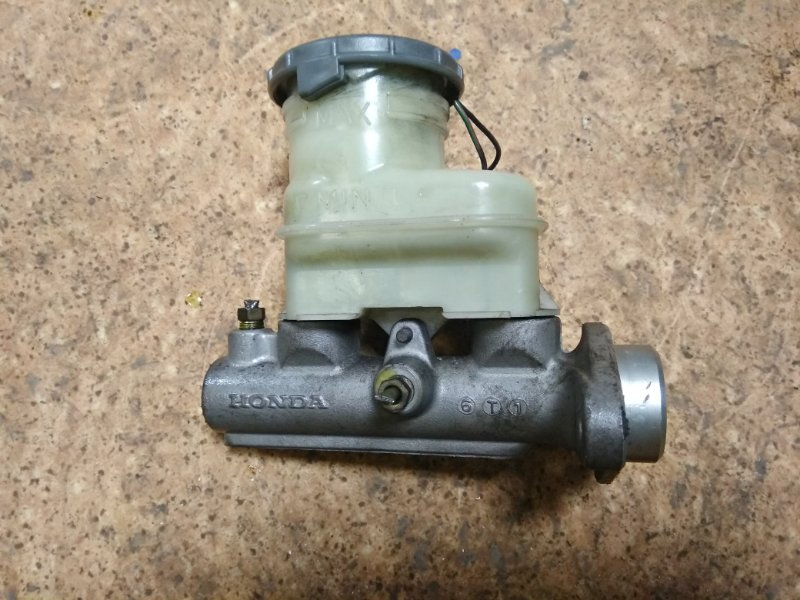 Главный тормозной цилиндр Honda Logo GA3 D13B