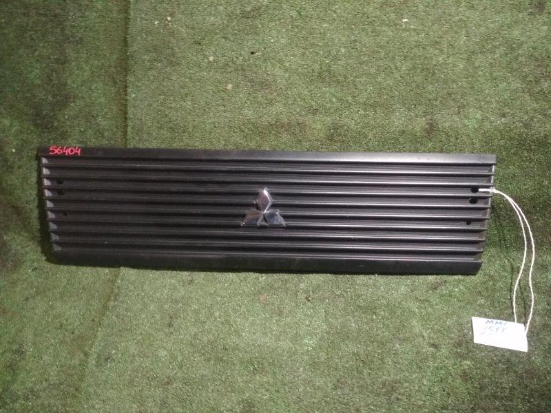 Решетка радиатора Mitsubishi Minicab U61T 3G83