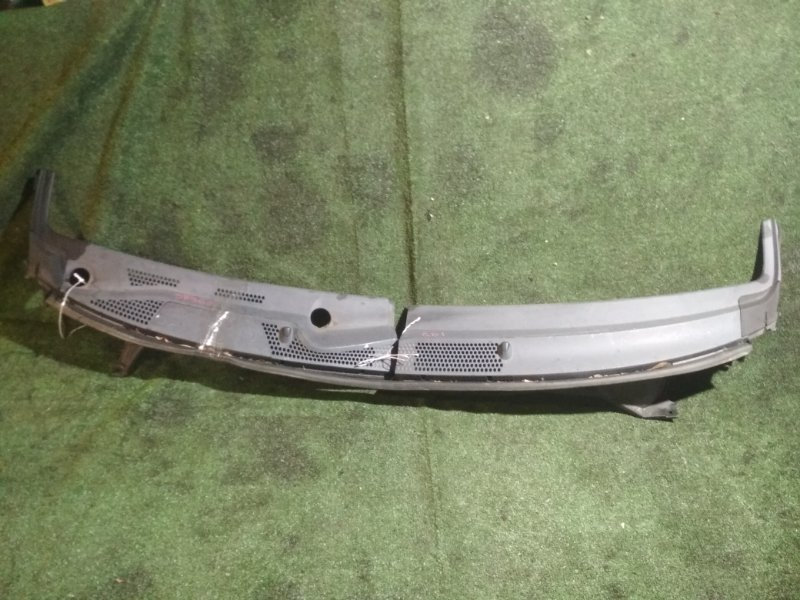Решетка под дворники Honda Fit GD1 L13A 2004