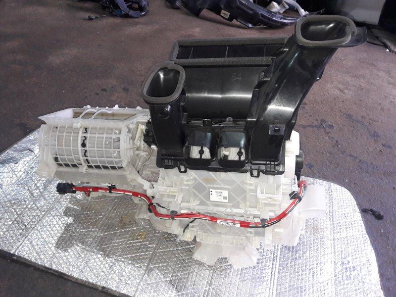 Печка Toyota Voxy ZRR85 3ZR-FAE