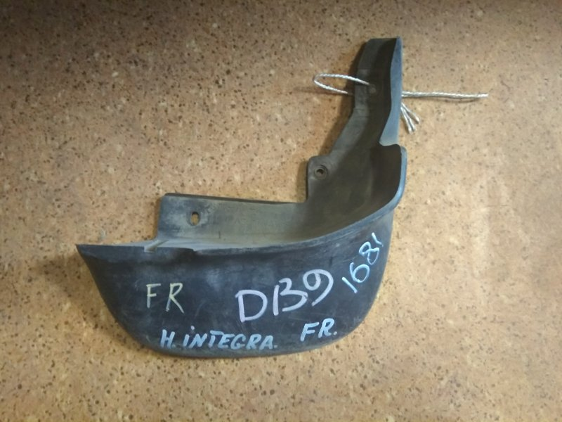 Брызговик Honda Integra DB9 передний правый