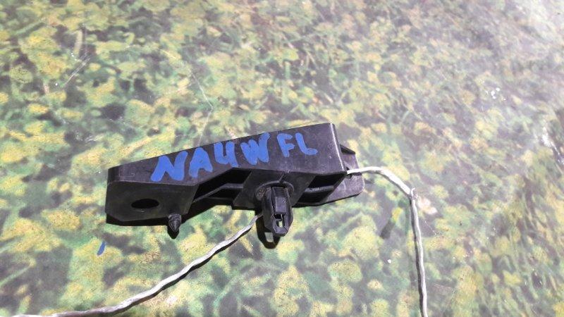 Крепление бампера Mitsubishi Grandis NA4W 4G69 переднее левое