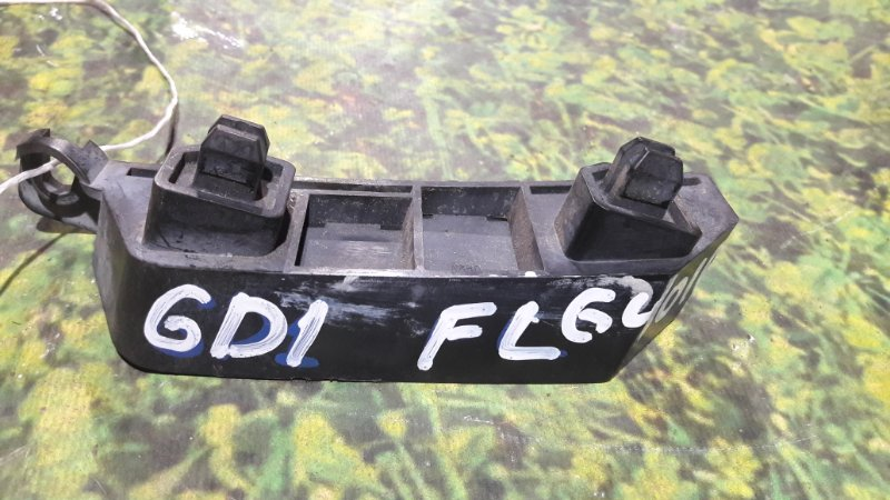 Крепление бампера Honda Fit GD1 L13A переднее левое