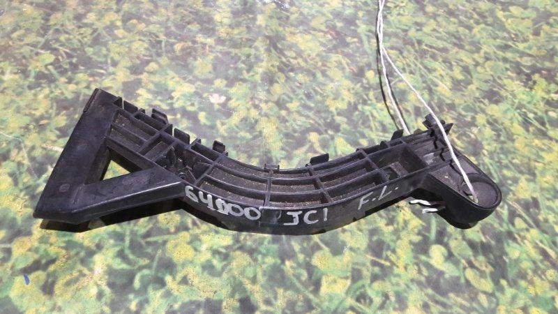 Крепление бампера Honda Life JC1 P07A переднее левое