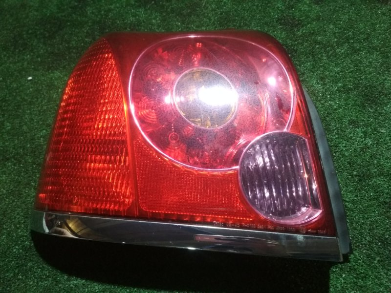 Стоп Toyota Avensis AZT251 2AZ-FSE левый