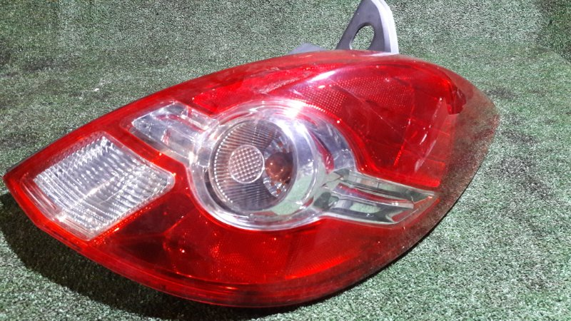 Стоп Nissan Tiida C11 HR15DE правый