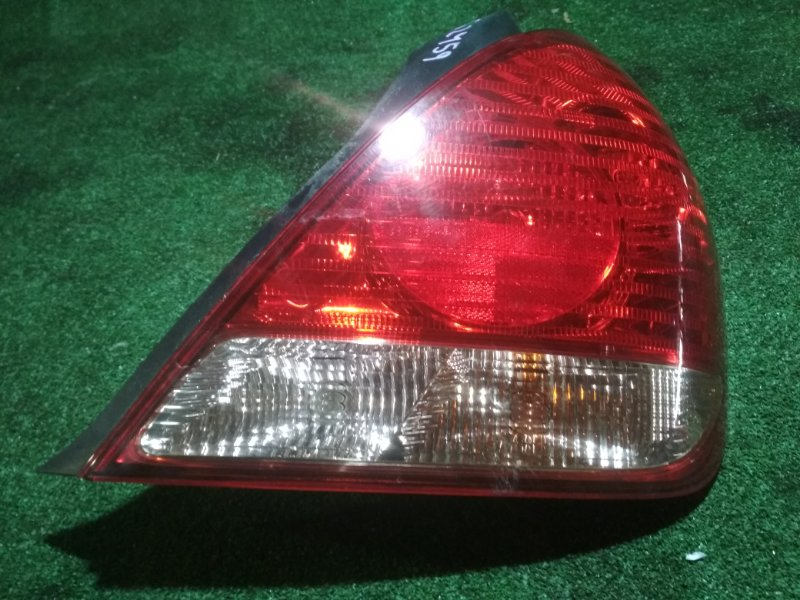 Стоп Nissan Bluebird Sylphy QNG10 QG18DE правый
