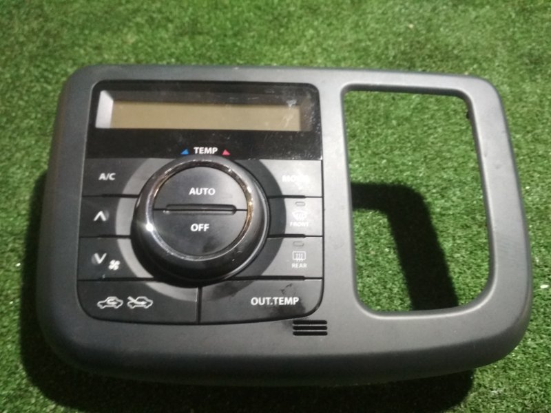 Климат-контроль Nissan Moco MG33S R06A