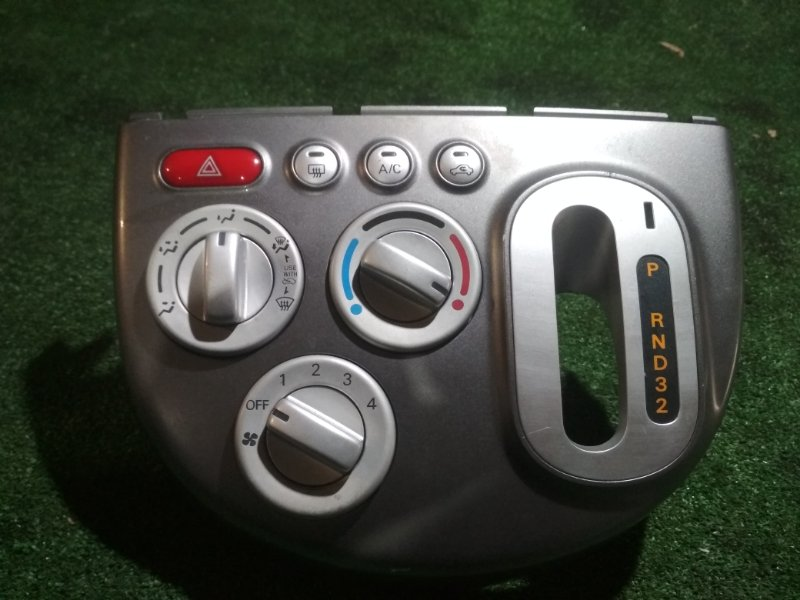 Климат-контроль Mitsubishi Ek Wagon H82W 3G83