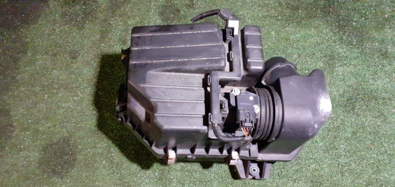 Корпус воздушного фильтра Honda Stream RN6 R18A