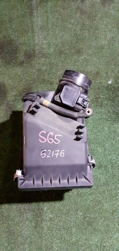 Корпус воздушного фильтра Subaru Forester SG5 EJ205