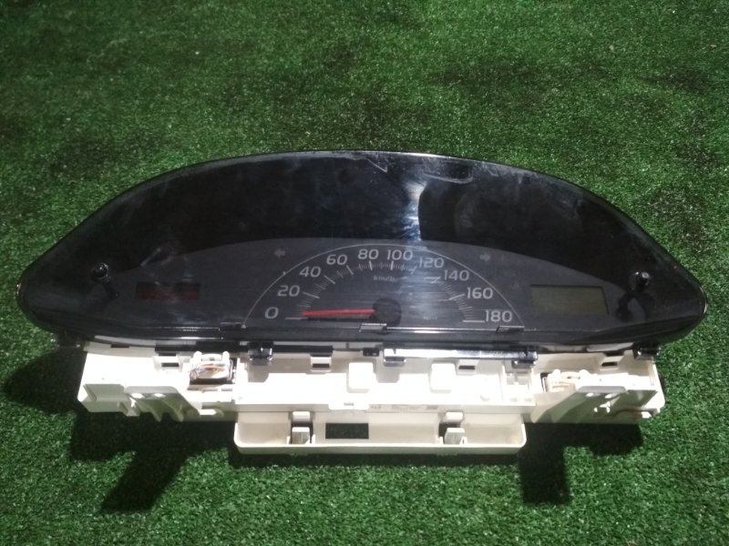 Спидометр Toyota Vitz SCP90 2SZ-FE