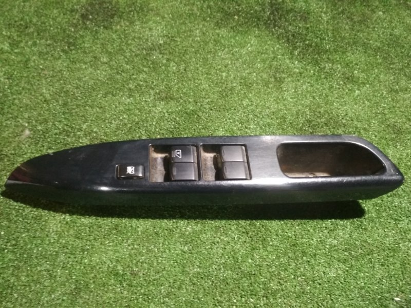 Блок управления стеклами Nissan Dayz B21W 3B20 передний правый
