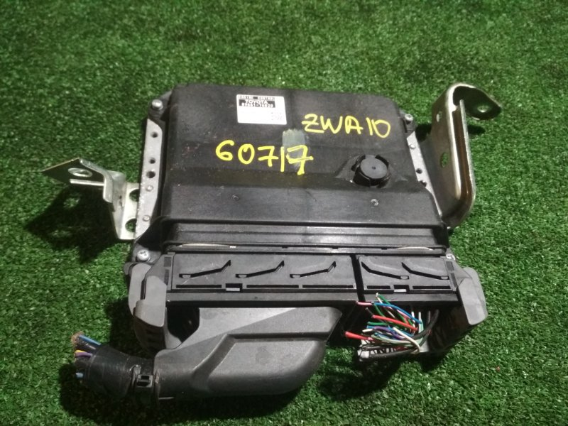 Блок efi Lexus Ct200H ZWA10 2ZRFXE