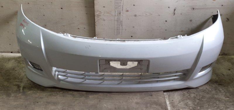 Бампер Toyota Isis ANM15 1AZ-FSE передний