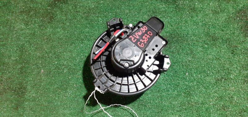 Мотор печки Toyota Prius ZVW30 2ZR-FXE
