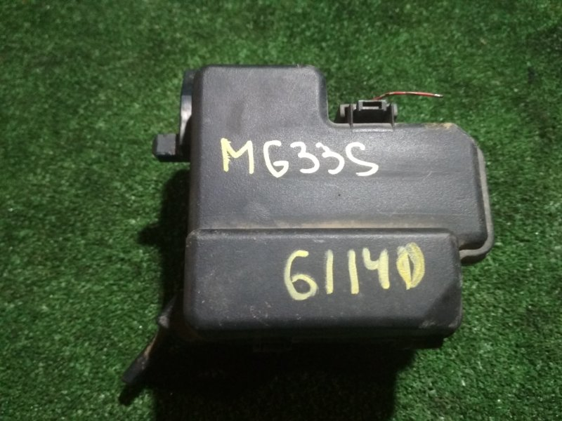 Блок предохранителей Nissan Moco MG33S R06A