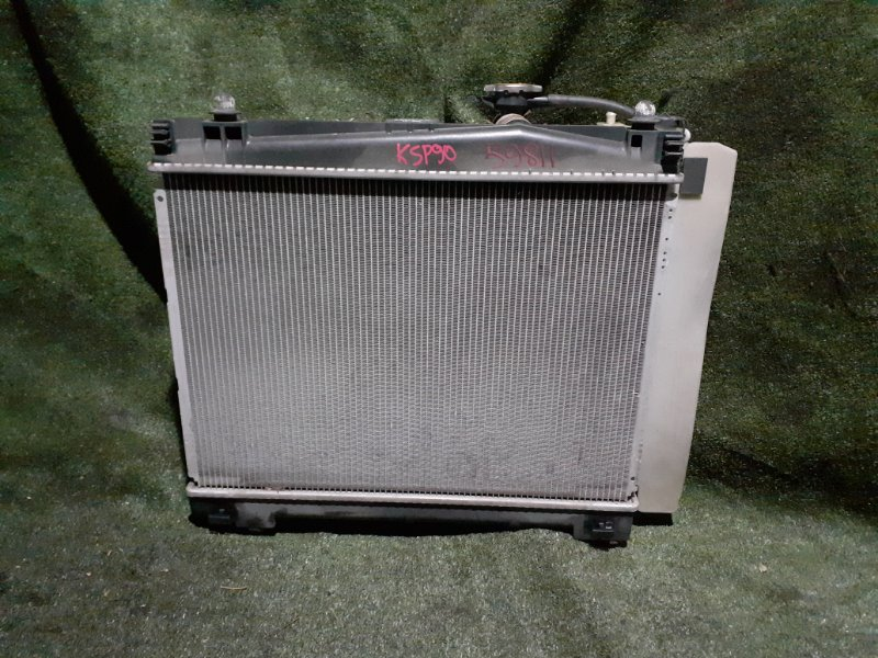 Радиатор Toyota Vitz KSP90 1KR