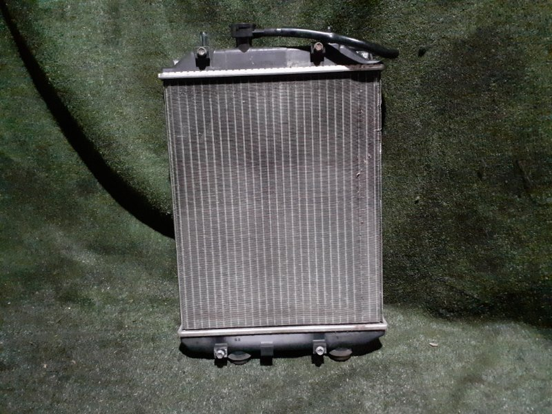 Радиатор Daihatsu Esse L235S KF