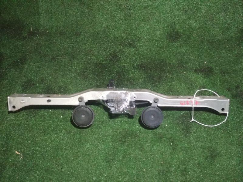 Планка телевизора Toyota Avensis AZT251 2AZ-FSE верхняя