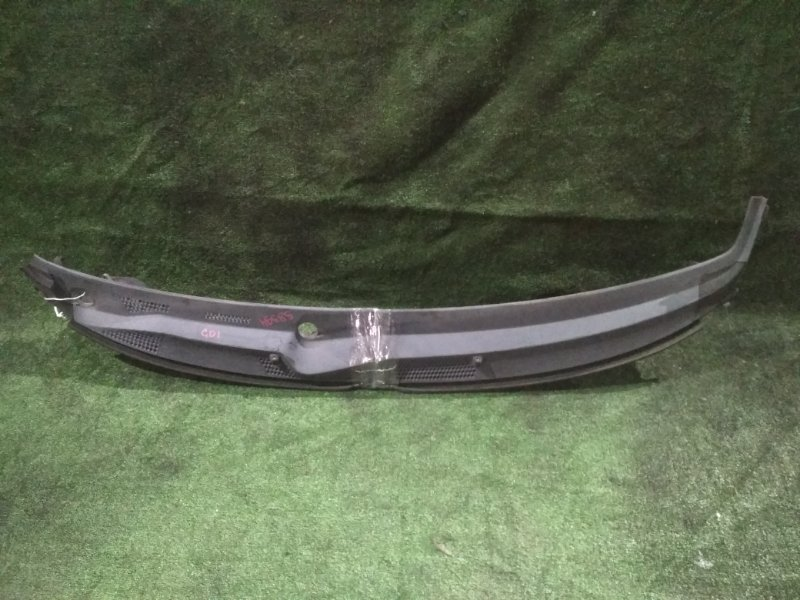 Решетка под дворники Honda Fit GD1 L13A 2002