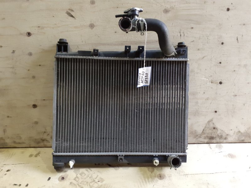 Радиатор Toyota Probox NCP50 2NZ-FE 2002