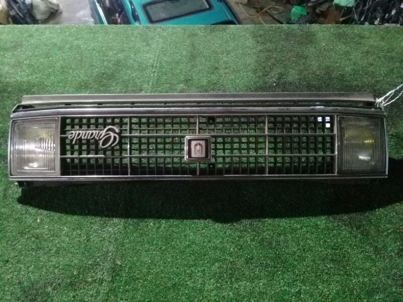 Решетка радиатора Toyota Markii GX71 1G-EU