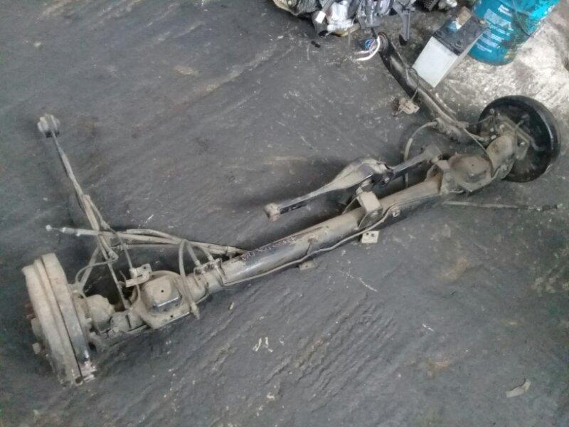 Балка задняя Nissan Bassara JU30 KA24DE задняя