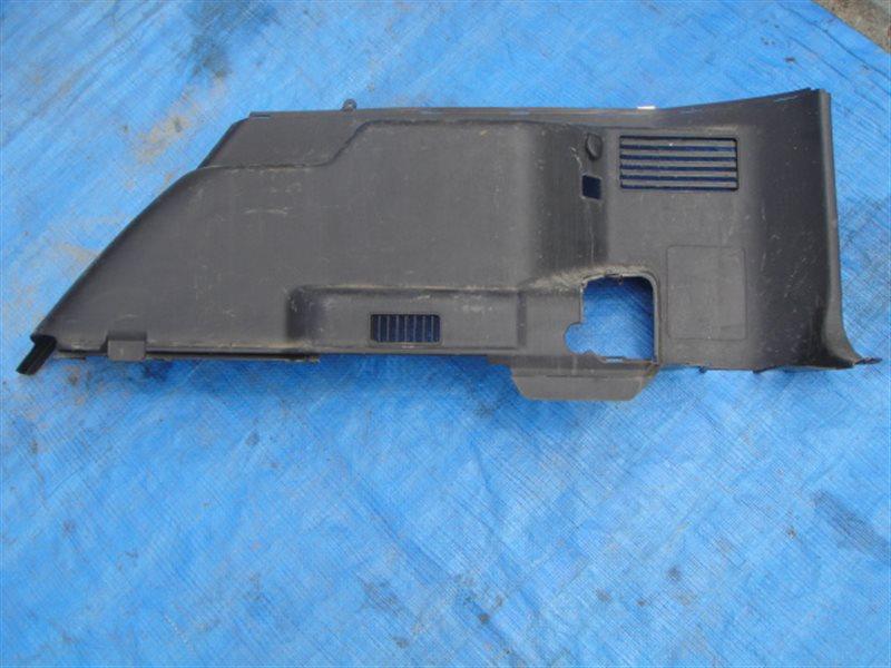 Обшивка багажника Mitsubishi Pajero V73W 6G72 2005 задняя правая нижняя