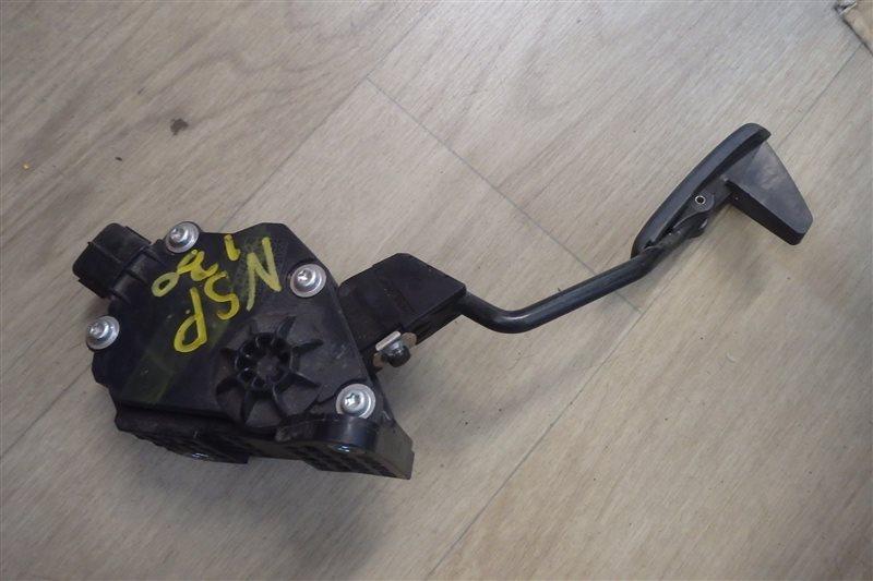 Педаль газа Toyota Vitz NSP130 1NR-FE 2012