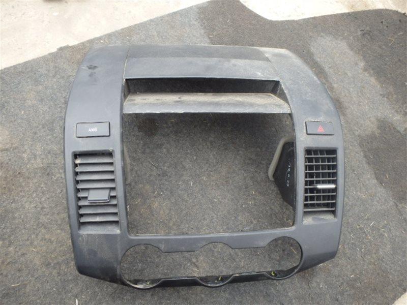 Консоль магнитофона Mazda Mpv LY3P L3-VDT 2007