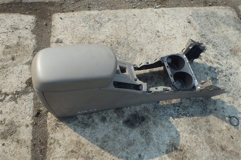 Бардачок между сидений Toyota Vanguard ACA33 2AZ-FE 2007