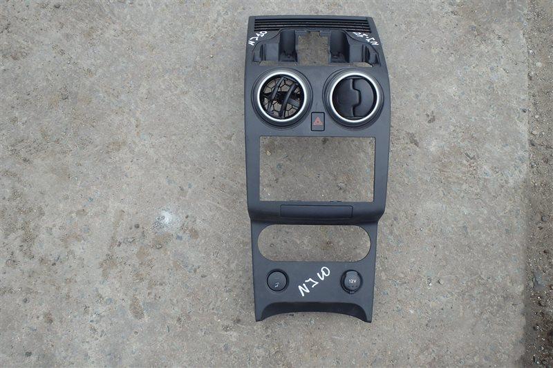 Консоль магнитофона Nissan Dualis J10 MR20DE 2007