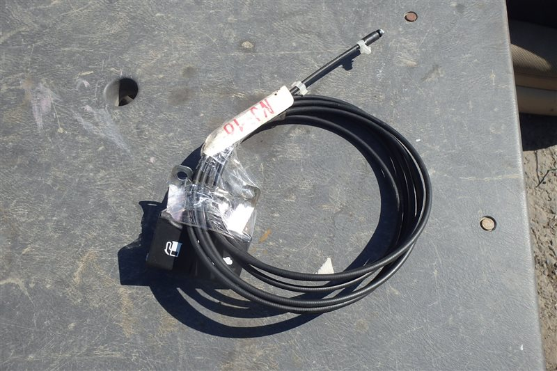 Тросик лючка бензобака Nissan Dualis J10 MR20DE 2007