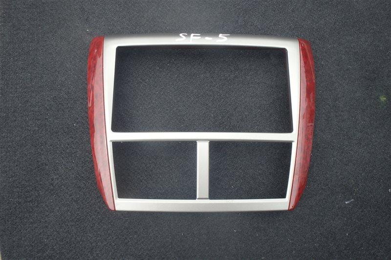 Консоль магнитофона Subaru Forester SH5 EJ204 2008