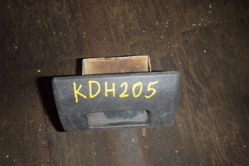Пепельница Toyota Hiace KDH205V 2KD-FTV