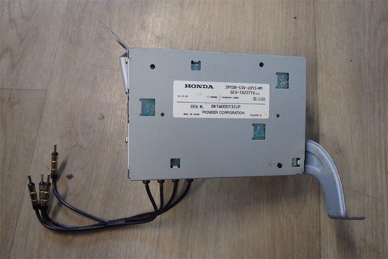 Блок управления tv-tuner Honda Mdx YD1 J35A 2003